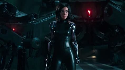 Alita: Battle Angel Review | Lanyards reign supreme in