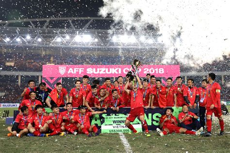 Vietnam see off Malaysia to win AFF Suzuki Cup 2018 | FOX