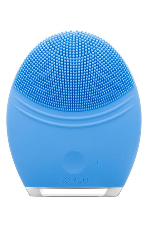 FOREO LUNA™ 2 Pro Facial Cleansing & Anti-Aging Device