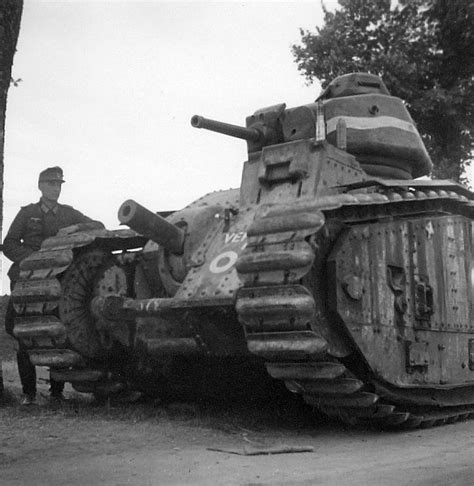 File:Abandoned Char B1 tank, France, 1940; note German