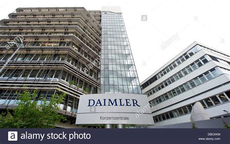 A sign with the lettering 'Daimler Headquarters' of